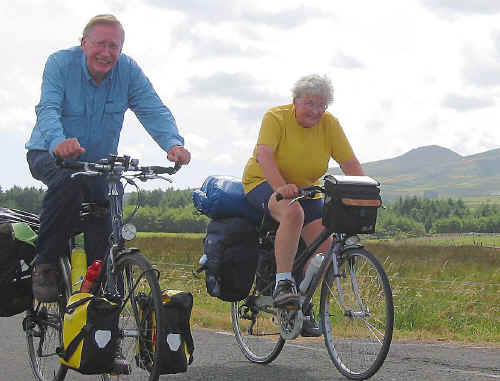 Two Dutch cyclists on Lon Eifion