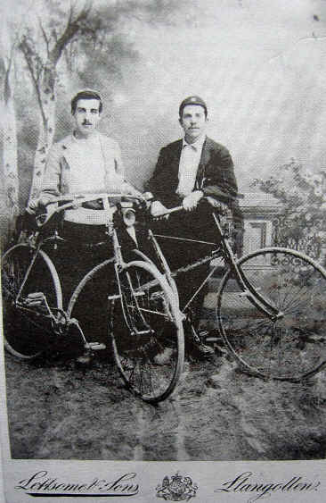 Gus and Herbert with their old-fashioned bikes
