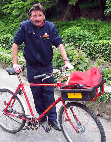 Postman who is not impressed with the case for cycle helmets