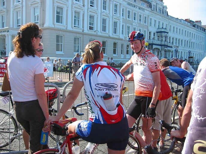 Maurice Broadbent chatting to participants at Llandudno' Criteriums 2003